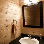 Tamarack Ridge bathroom